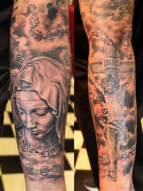tattoo tribal punggung the 25 best jesus on cross tattoo ideas on pinterest