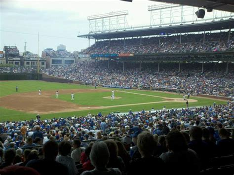 wrigley field section  row  seat  chicago cubs