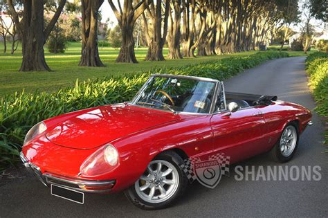 classic alfa romeo spider sold alfa romeo duetto 1600 spider auctions lot 22