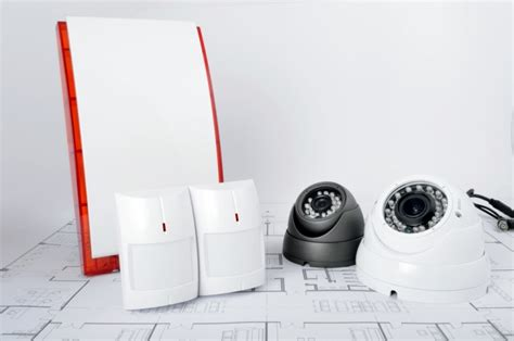 how to choose a home alarm monitoring company reliable