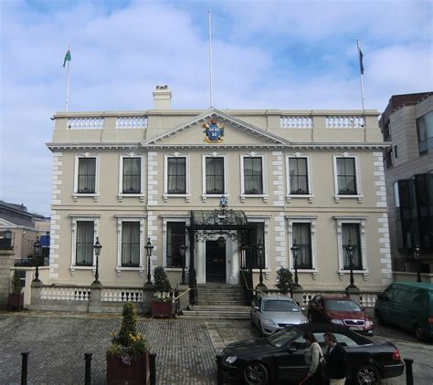 mansion houses file mansion house dublin crop jpg wikimedia commons