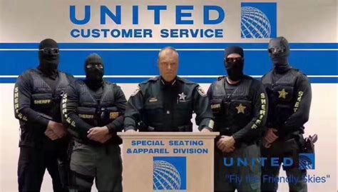 united airlines customer service general travel in sterling here s what united s oscar munoz should have done after