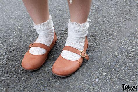 shoes and socks pink rocket shoes lace socks tokyo fashion news