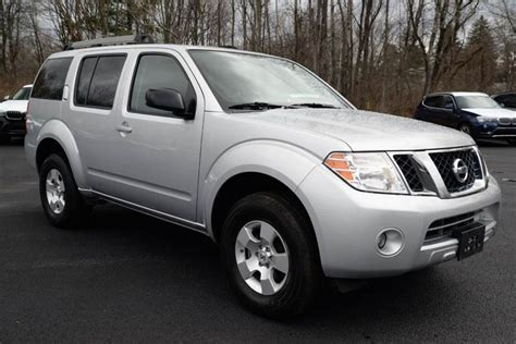 2011 nissan pathfinder 3rd row 4x4 4dr suv in glenmont ny