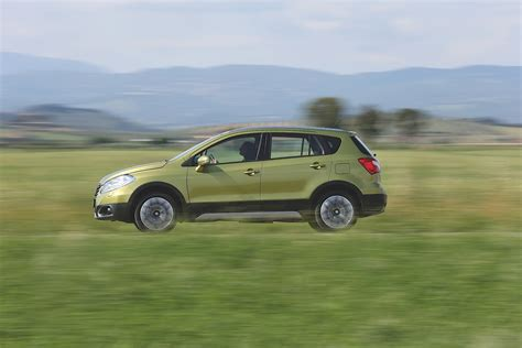 Fuel Economy Suzuki 2014 Suzuki Sx4 Gas Mileage Specs Price Release Date