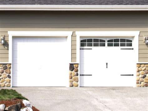 Garage Door Diy Plum Prettyfaux Carriage Style Garage Doors Diy