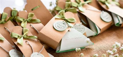 Wedding Gift Giveaway Ideas - 20 creative wedding giveaway ideas for a perfect day