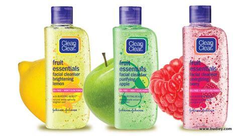 Pembersih Wajah Clean And Clear pelancaran pembersih muka clean clear fruit essentials sensasi selebriti