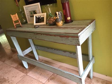wood entry table diy distressed pallet entryway table pallet furniture plans