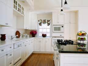 Combine white kitchen cabinets with white appliances