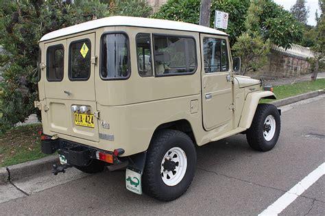 1951 Toyota Land Cruiser مواصفات المحرك لتويوتا لاندكروزر 1951 و تويوتا لاندكروزر