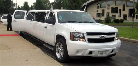 wedding limousine chicago wedding limo packages chicagoland wedding
