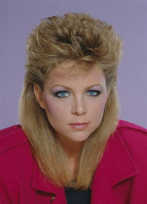 feathered hair 1980s the 13 most embarrassing 80s beauty trends 80s