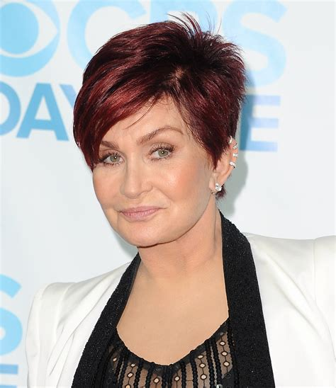 back view of sharob osbournes hair sharon osbourne new hairstyle sensational osbourne pics