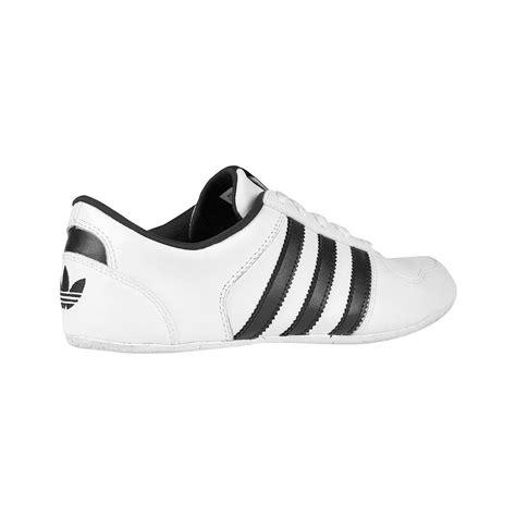 imagenes zapatillas blancas foto zapatillas adidas aditrack mujer foto 412900