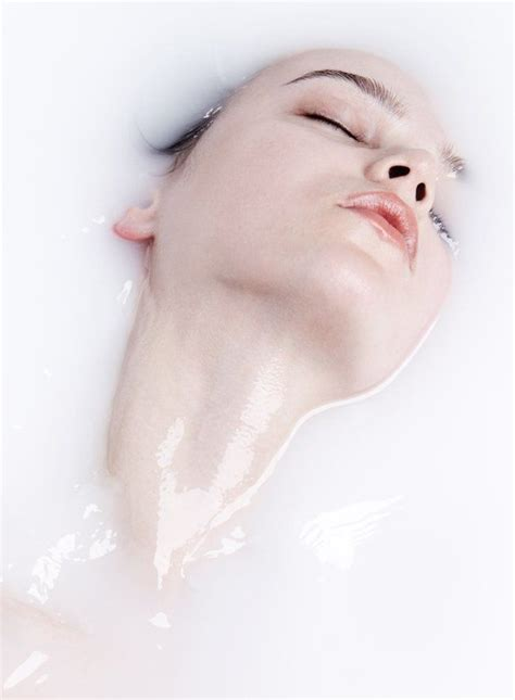 milk bathtub the 25 best milk bath photography ideas on pinterest