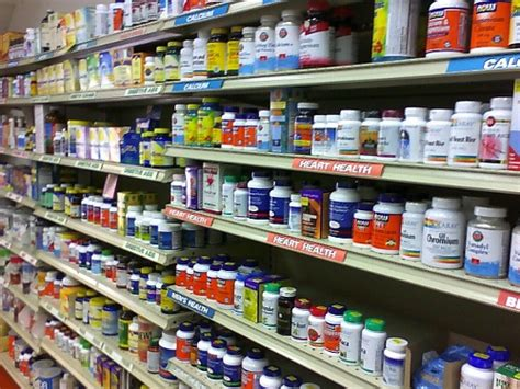 supplement vitamin store benefits and risks associated with health supplements