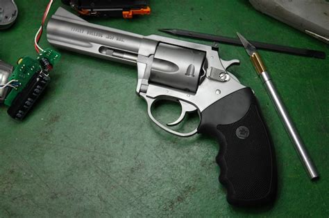 charter arms mag pug 357 review gun review charter arms 357 target mag pug revolver the about guns