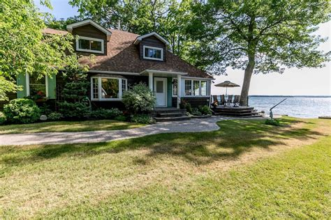 waterfront cottage on lake couchiching cottages for rent