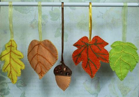 membuat kerajinan hiasan dari daun kering tips dan cara membuat kerajinan cantik dari dedaunan