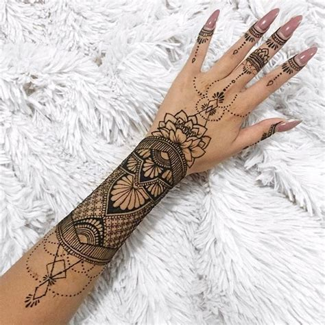 how are henna tattoos done best 25 henna sleeve ideas on henna