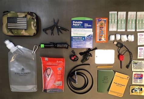Survival Kit Lengkap the minimalist survival kit the condor ho pack lengkap