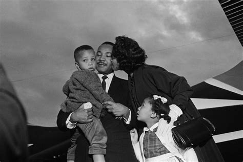 memorable family pictures  martin luther king jnr