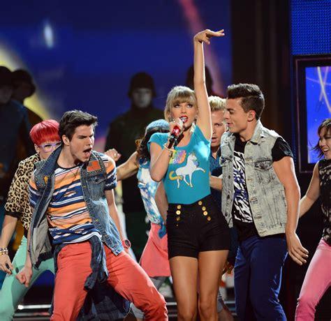 Cancels Billboard Appearance by 2013 Billboard Awards Show Enchanted