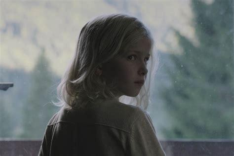film lucy recensione parlami di lucy recensione film trama e trailer