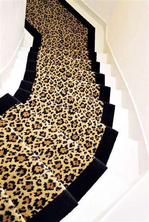 Escalier Blanc Et Bois 520 by Moquette Tiss 233 E 100 Motif L 233 Opard Blanc