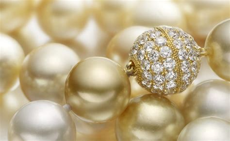 pearls with gold about pearls artifact free encyclopedia of everything