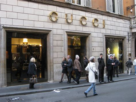 best shops in rome top shopping places in rome
