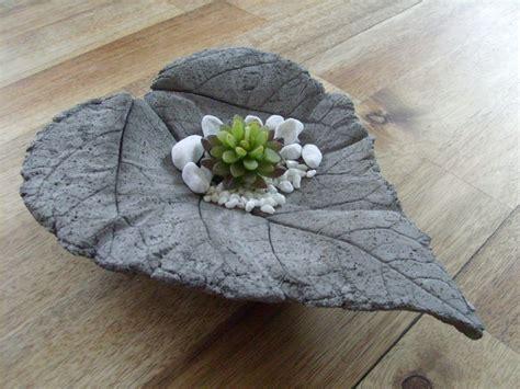 concrete decor 22 diy concrete projects and creative ideas for your garden