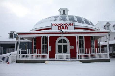 round house put in bay round house bar put in bay menu prices restaurant reviews tripadvisor