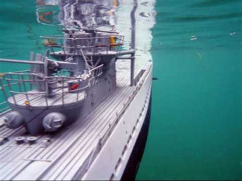 u boat aircraft carrier underwater video rc submarine u boat hunts aircraft