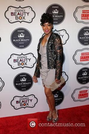 2016 black essence beauty award tichina arnold pictures photo gallery contactmusic com