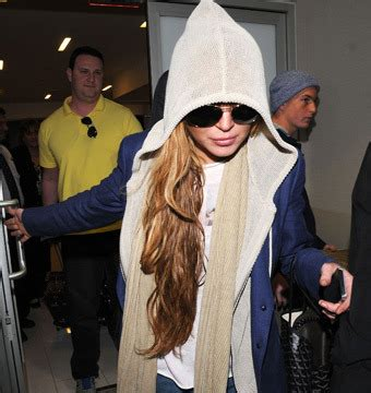 Lindsays To Finally Visit Rehab by Lindsay Lohan Threatens To Leave Rehab Extratv