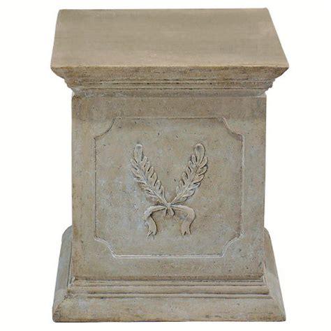 laurel plinth pedestal for statue display
