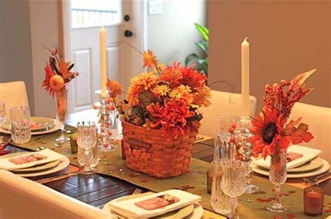 how to decorate a thanksgiving table on a budget 16 ways how to flawlessly decorate a thanksgiving table