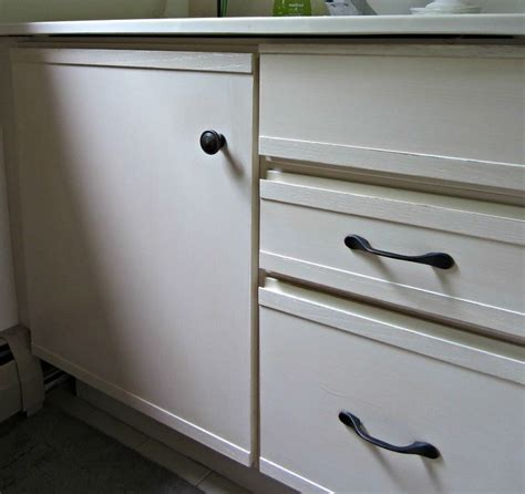 can you paint laminate cabinets best 25 formica cabinets ideas on can you