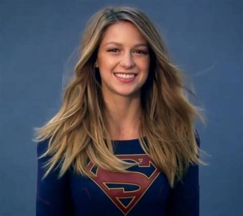 Comic Book Shelves Dc Rushes Supergirl Essential Onto Shelves Ahead Of Tv