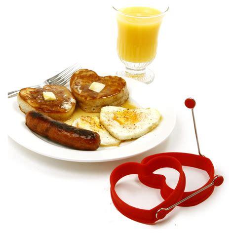 come cucinare un uovo come cucinare un uovo a forma di cuore