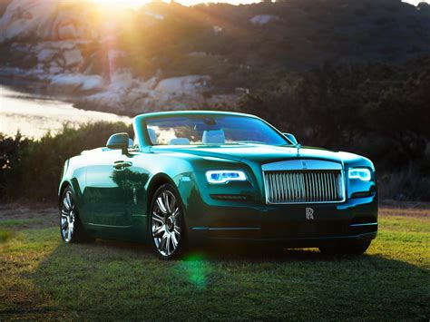 green rolls royce rolls royce bespoke wraith dawn look glamorous on