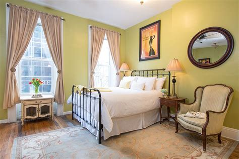 bed and breakfast manhattan airbnb crackdown by de blasio could close manhattan bed and breakfast crain s new