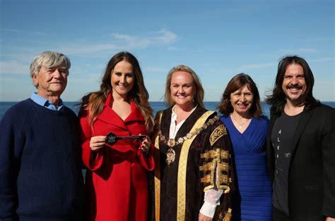 ben gillies and wife jackie ivancevic ben gillies net worth gillies unlocks real hometown distinction newcastle herald