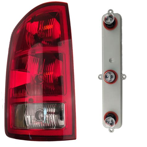2006 dodge ram 1500 tail lights left tail light rear l taillight with bulbs fits 2002