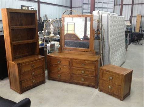 young hinkle bedroom furniture young hinkle furniture for sale