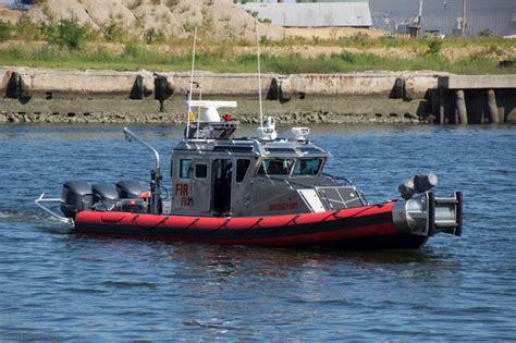 defender marine connecticut connecticut fireboats