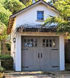 Garages With Living Quarters Above 25 Best Ideas About Carriage House On