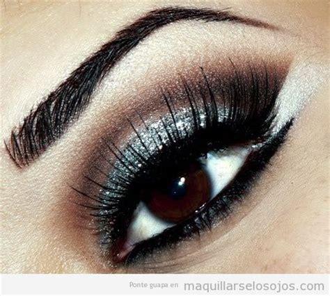 imagenes de ojos pintados con sombras plateado archivos maquillarse los ojos